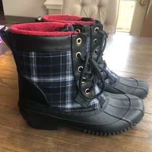 Tommy Hilfiger/ plaid duck boots